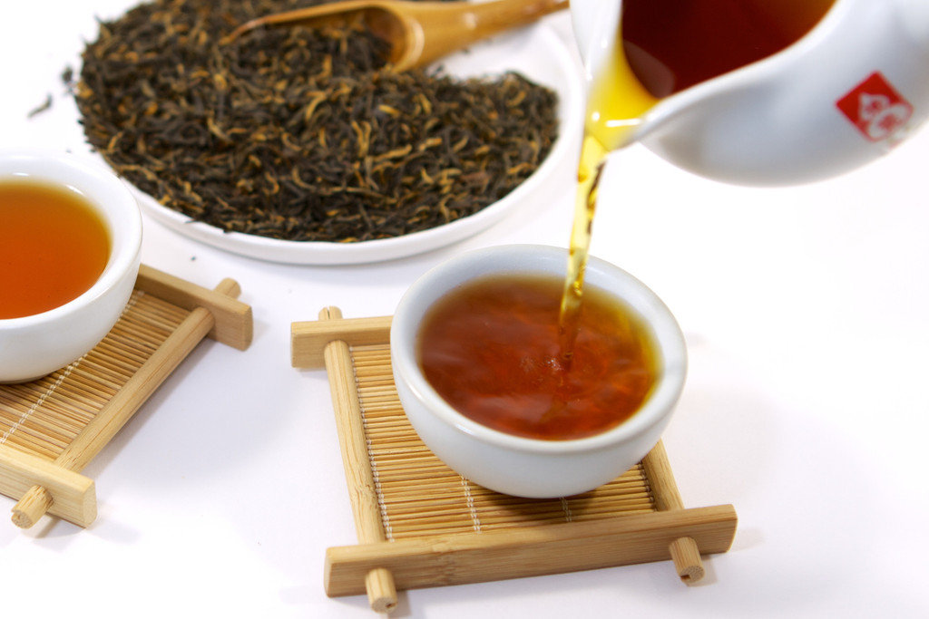 brewed-fujian-loose-leaf-red-black-tea